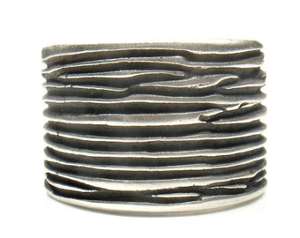 Tree trunk- silver band oxidize