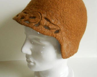 Cloche felted hat, Art Deco hat, Felted merino hat, Felted retro hat, Fiber Art, Cloche hat 1920s, One of a kind