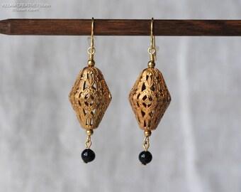 Vintage Brass Filigree Earrings, Brass Stamping, Glass Bead Earrings, Gold Black