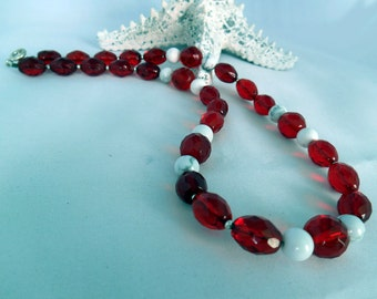 White & Red Crystal Necklace - Glass Crystal Facetted Beads - Howlite Beads - Fashion Jewelry - Gift Idea - Ruby Red