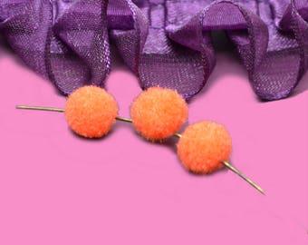 30 tassels round 10mm orange