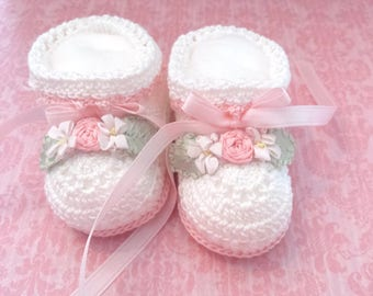 Crochet Baby Booties - Baby Booties Crochet - Baby Girl Booties - Christening Shoes - Baby Shower Gift - White - Newborn Baby - Pink