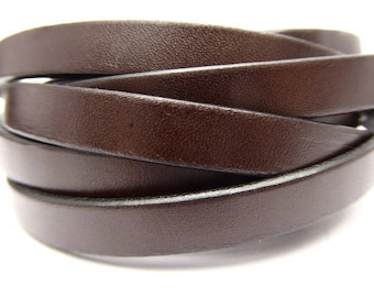Leather strap 10 mm Brown ebony, piece of 15 cm