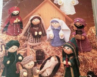 Leisure Arts Knit Nativity Scene Pamphlet