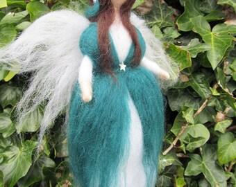 Needle Felted Waldorf Inspired Guardian Angel 'Cordelia'