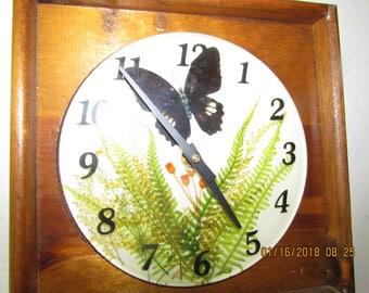 Irish antique shamrock  clock. Work