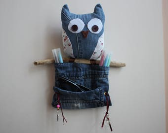 OWL pencil and sunglasses holder