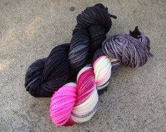 A Bewitched Haunt of Owls Kit~ Pigwidgeon Bulky~ 106 yards per skein