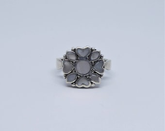 Sterling silver Mother of pearl mosaic ring – size UK N