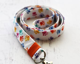 Paw prints lanyard - key holder lanyard - key fob - rainbow lanyard - veterinary gift - pet lovers lanyard - neck lanyard - cute lanyard