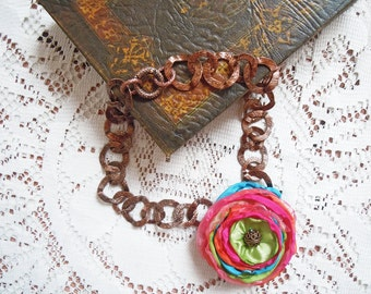 Chain necklace with multicolor satin flower, colorful necklace, flower necklace, summer necklace, spring necklace, rainbow necklace, flower