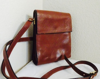 BEAUTIFUL Vintage 'Moscardini' Leather Small Satchel Style Handbag - Crossbody Or Shoulder - Cute!!