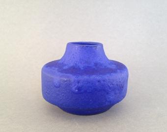 "Hoy  Keramik ,, Yves Klein"" cobalt  blue  glaze , Stunning studio Ufo vase of  WGP.- West Germany Pottery."