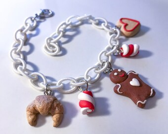 Bracelet with Christmas treats//gift for her//Christmas//Gift idea//original gift