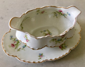 Haviland Limoges GRAVY BOAT -1800's, Schleiger 53-1, Antique French, Scalloped, White China, Pink Flowers, Gold Painted, France, Antique
