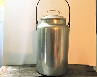 Vintage Aluminium Milk Canister with Swing Handle and Lid Farmhouse Country Decor One Gallon Can with Bail Handle