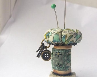 "Pincushion Ornament, Sewing Accessory ""Lodden"""