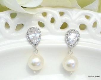 Pearl earrings, bridal earrings, rhinestone earrings, wedding rhinestone Earrings, Bridal stud Earrings, pearl Wedding earrings, AUDREY