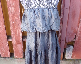 Soprano Gray Dress Size Large