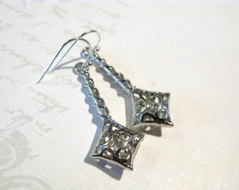Elegant Silverplated Daimond Shape Earrings, Dangle Earrings, Long Earrings, Christmas Gift, Christmas Jewelry, Gift for Mom, Birthday Gift
