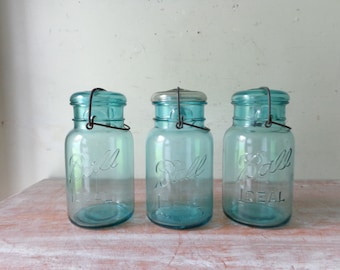 VIntage Blue Ball Ideal Mason Jar with Wire Bale