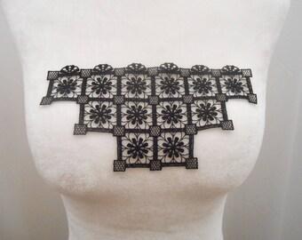 Applique lace black 18 x 9.2 cm