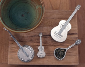 Music Spoons- Americana Measuring Spoons- Guitar, Banjo, Mandolin and Ukulele - Stringed Instruments