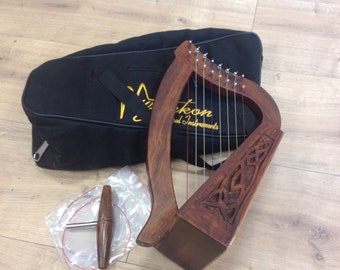 8 string Mini O'Carolan Harp