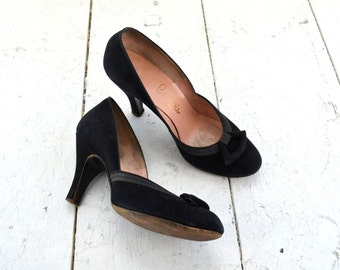 1950s I.Miller Black Suede Baby Doll Heels, Size 6B