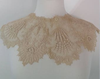 Vintage 1920's early 1930's Lace Collar