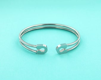 1 Bangle Bracelet Stainless Steel Open Cuff - High Quality - Safety Pin Style - N374