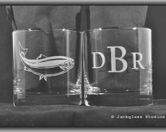 Personalized Etched Fishing Rocks Glasses for Fly Fisherman, Outdoorsman, Father of the Bride, Wedding Couple by Jackglass on Etsy