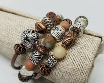 Copper bracelet/Mixed metal jewelry/Mixed metal bracelet/BohoJewelry/Wrap bracelet/Beaded bracelet/memory wire bracelet/copper jewelry