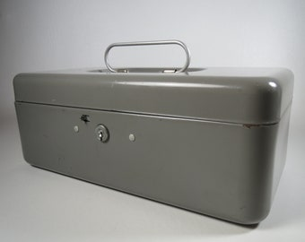 LIT-NING Steel Box Industrial Storage Locking Tool Chest Gray Steel Box Vintage Utility Chest Old Tackle Box Metal Sewing Box Metal Art Box