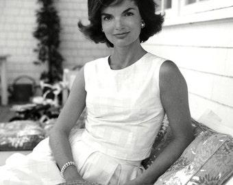 """Jacqueline """"Jackie"""" Kennedy - 5X7, 8X10 or 11X14 Photo (ZZ-126)"""