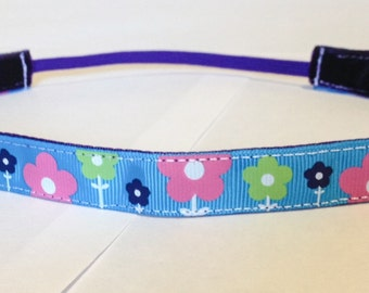 NOODLE HUGGER Non slip ribbon headband - flowers on teal - 5/8 inch (running, working out, everyday: women and girls)