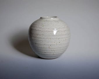 Round vase with white glaze