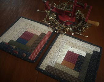 Log Cabin Quilted Potholders / Kitchen Potholders / Quilted Potholders / Primitive Potholder / Potholders / Hot Pads / Country Potholders