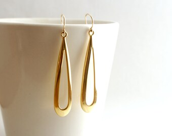Long Gold Loop Earrings, Extra Long Gold Earrings, 70s Earrings, Yellow Gold Earrings, Gold Statement Earrings, 70s Style Jewelry