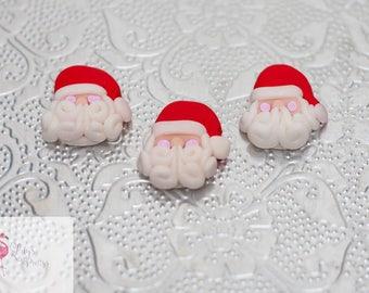 12 x Father Christmas flatbacks beads Cabochon