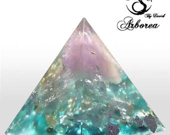 Orgonite pyramid orgonite ® Amethyst , Elements: Aqua orgone