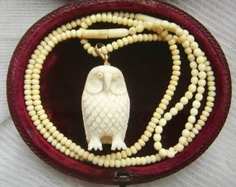 Lovely Vintage ART DECO Hand Carved Cow Bone OWL Pendant on Beaded Necklace