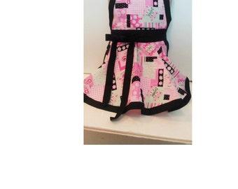 Sale Ready to ship Next Day! Size 2T-6 Girls pink butterfly apron,  Girls Apron, kids apron
