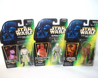 Vintage Star Wars Power of the Force Luke Skywalker AT-ST Driver Momaw Nadon Mint Action Figures 1996 MOC