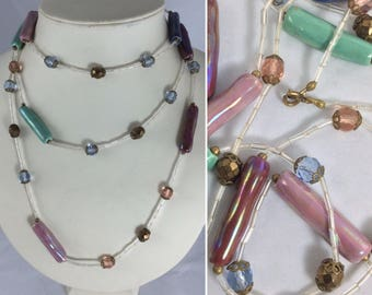Gorgeous Vintage 1920's Flapper Necklace in Iridescent glazed Beads... Original Vintage Twenties 20's