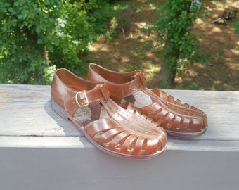 1980s jelly shoes//clear brown jelly sandals with metal buckle//vintage 80s shoes