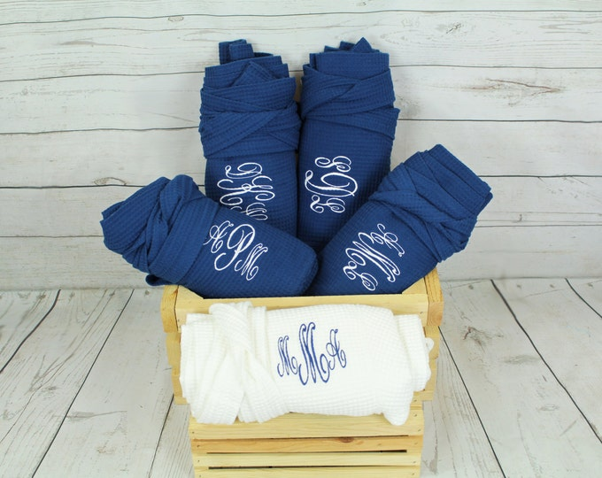 8 Personalized Bridesmaids Robe, Set of 8 ,Monogrammed Robe, Waffle Robes, Personalized Bridesmaid Gifts