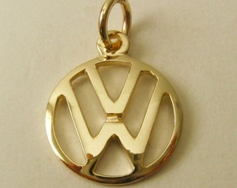 Genuine SOLID 9ct Yellow Gold VW VOLKSWAGEN Sign Logo Car charm/pendant