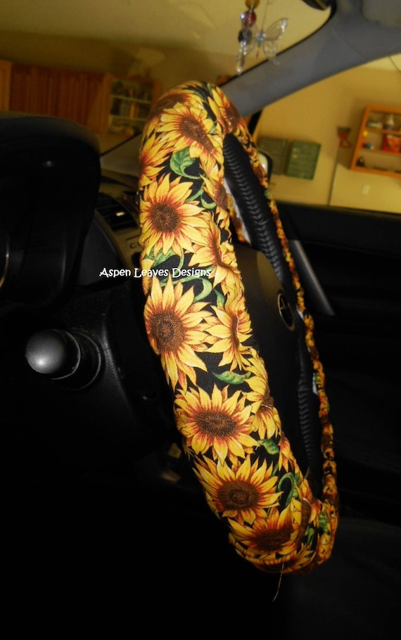 sunflower steering wheel cover yellow and gold sunflowers. Black Bedroom Furniture Sets. Home Design Ideas