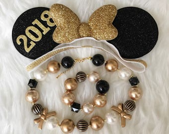 Personalized Minnie Ears,New Years Minnie Ears,Minnie Ears elastic Headband,Black and Gold Minnie Mouse Ears,New Years Photo prop,disney ear